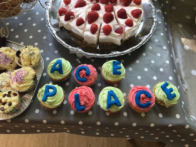 ACE place cakes